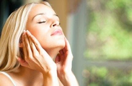 דר דבור ממליץ על דרכים למניעת נזקי העור